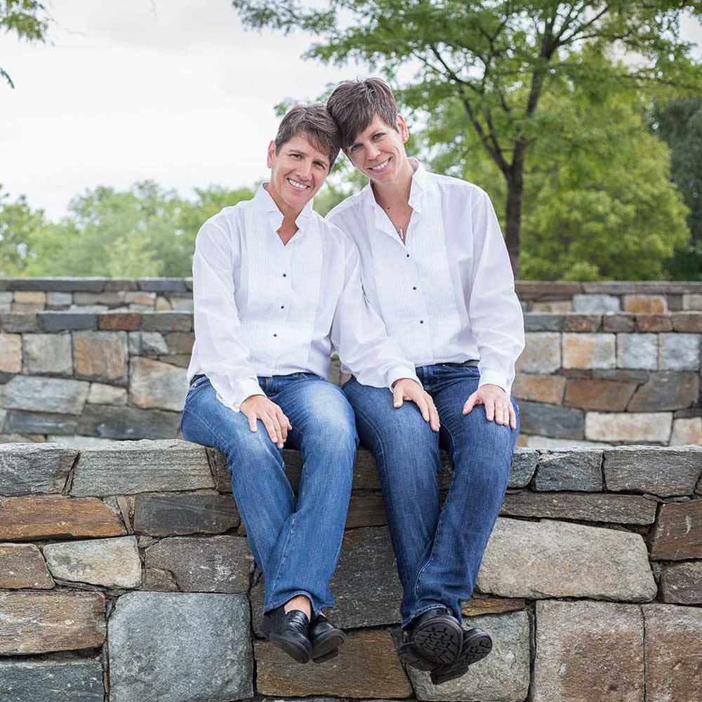 Washington DC Lesbian Elopement at Constitution Gardens